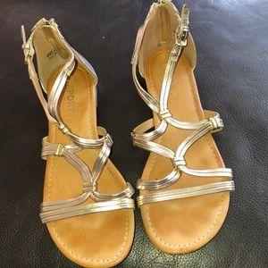 REPORT Gladiator Sandals 👡